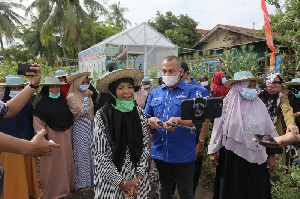 Sapa Petani Secara Virtual, AHY: Bang Muslim Kader Terbaik Demokrat Aceh
