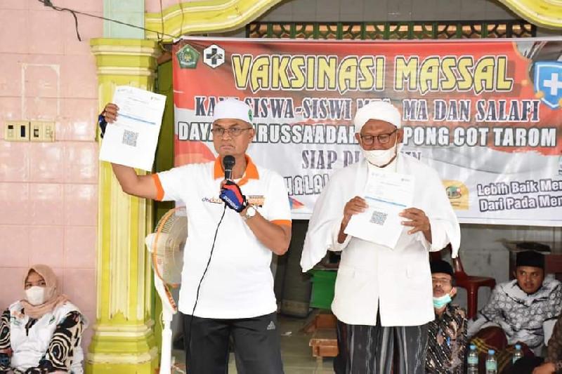 Bupati Bireuen Hadiri Kegiatan Vaksinasi Massal di YPI Darussa'adah