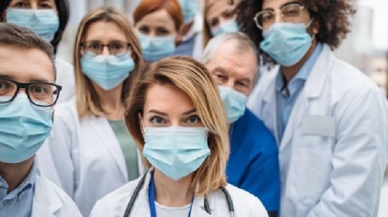 Tiga Ribu Pekerja Layanan Kesehatan Diskors di Prancis, Ada Apa?