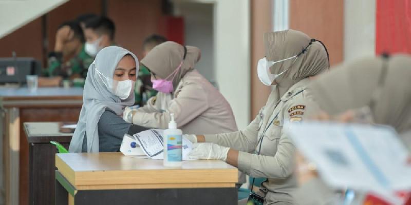 Hari Ini 360 Warga Aceh Ikuti Vaksinasi Massal, Alasannya Untuk Ikhtiar
