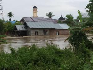 Diterjang Banjir, Warga Aceh Utara Terpaksa Mengungsi