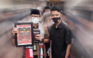 Dapat Buah Tangan Dari Aceh, Menparekraf Puji Karya Pemuda Aceh