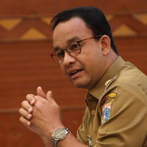 LBH Jakarta Serahkan Rapor Merah 4 Tahun Anies Pimpin Jakarta
