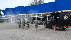 HUT Brimob ke-76, Satbrimob Polda Aceh Semprot Desinfektan di Terminal Batoh