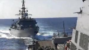 Kapal AS Diusir Kapal Perang Rusia Saat Masuk Perairan Negaranya