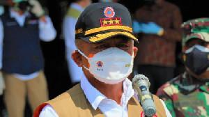 Kepala BNPB Beri Contoh Patu Prokes Saat di PON Papua