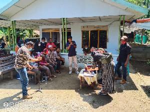 Kurangi Sampah Rumah Tangga, Babinsa Ajarkan Warga Pelatihan Budidaya Maggot