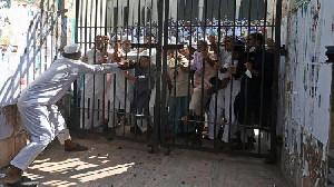 Viral AlQuran di Lutut Dewa Hindu, Ricuh dan Tewaskan 2 Orang di Bangladesh