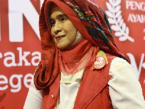 Neno Warisman Tinggalkan Partai Ummat di Waktu Singkat