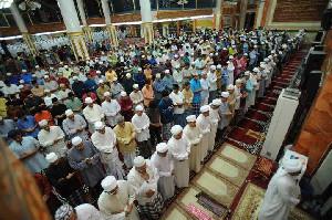 Imbauan Salat Berjamaah Kembali Rapat Saf di Aceh Sudah Sangat Aman Dilakukan